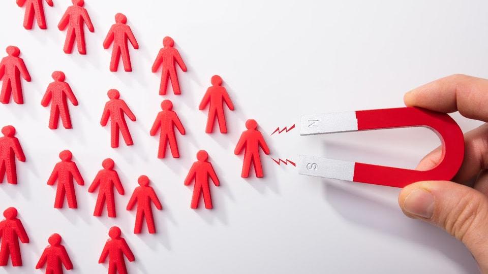 Como transformar leads em clientes